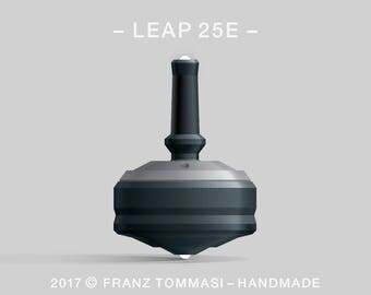 LEAP 25E Gray-on-Black Spin Top with rubber grip, dual ceramic tip, two-part body, and accent holes (3)