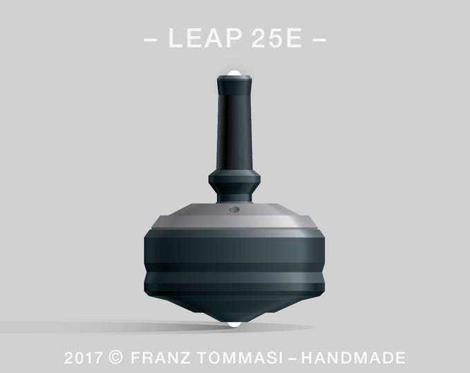 LEAP 25E Gray-on-Black Spin Top with rubber grip, dual ceramic tip, and accent holes (3)