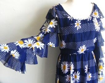 Vintage 60s Adele Simpson Blue Ruffled Daisy Print Bonwit Teller Designer Dress