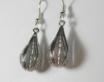 Silver teardrop dangle earrings, surgical steel Nickel Free earrings, simple silver earrings, bridesmaids gift, rustic silver filigree drop