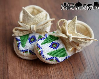 Native American Made Beaded Baby Moccasins Size Newborn
