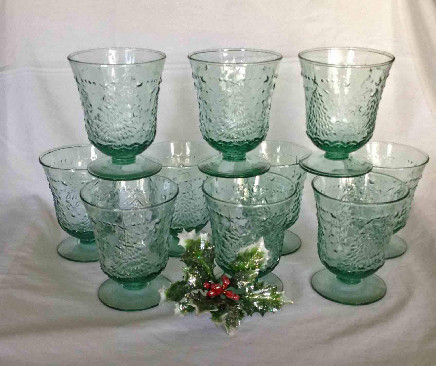 10 mikasa studio nova holiday cheer glasses mint condition green textured holiday glasses - Christmas Drinking Glasses