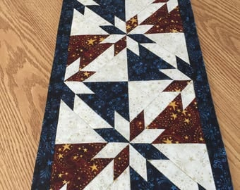 Patriotic Americana Red Blue Cream Hunter Star Quilted Table Runner