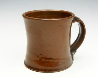 Earthenware mug