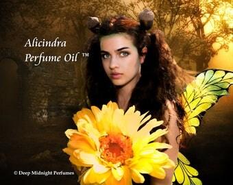 ALICINDRA™ Perfume Oil - French Lavender, Fall Flowers, Apples, Oakwood, Acorns, Spice - Realms of the Fae Folk™ Perfume Series