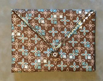 Art Nouveaux Brown Silver and Teal Padded Clutch Bag - Perfect Travel case for cosmetics, Kindle, Nook, e-readers