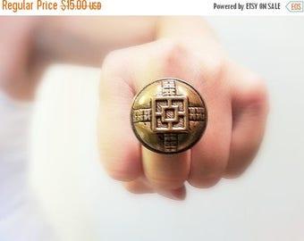 CIJ SALE Asian Vintage Button Ring, Golden Round Button Adjustable Retro Style