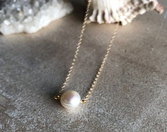 Single pearl necklace,freshwater pearl necklace,Round Off White Fresh Water Pearl Floating on Delicate 14k Gold Chain Necklace,pearl pendant