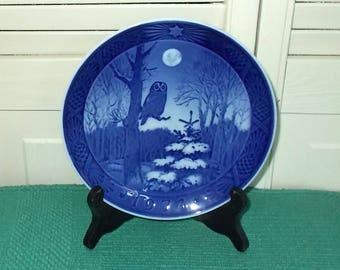 Vintage 1974 Royal Copenhagen Collectible Christmas Plate-Cobalt Blue-Winter Twilight