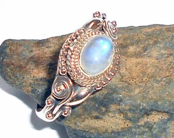 Moonstone Sterling Silver Ring Size 9 earthegy #2521