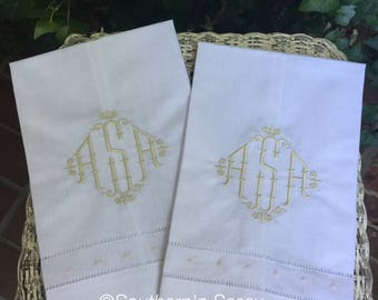Personalized  White Hand Towel With Bamboo Monogram