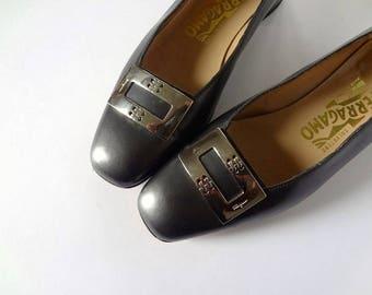 Vintage Ferragamo Ballet Flats leather low heel shoes with metal buckle - size 36B