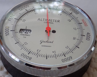 Vintage Gischard Germany Model 80 Altimeter with Thermo dial in original case,backpacking,scientific instuument