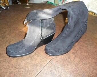 Vintage Black Suede Wedge Boots Size 6.5