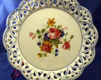 Vintage Ganz Decorative Hanging Floral Plate, 1992