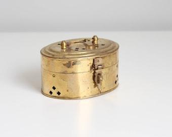 India brass incense box - vintage cricket box / 1970s solid brass hinged box - vintage Indian brass box / incense burner - incense censer