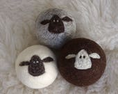 Flock or 3 tricolour sheep balls / photo props
