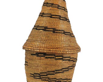 Tutsi Basket Lidded Tight Weave Rwanda African Art 112281
