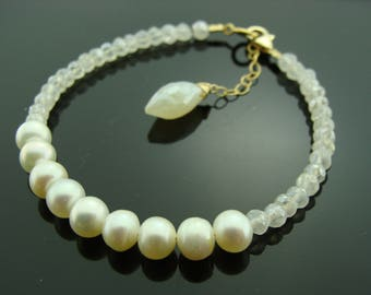 Freshwater Pearl and White Pearl Chalcedony 14K Gold Filled Bracelet