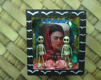 Frida Kahlo calavera shadow box