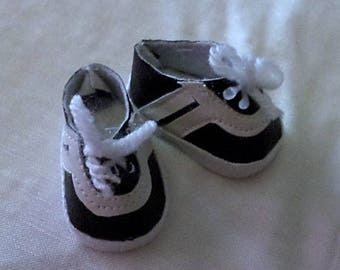 black n white sneakers shoes for 14 inch hearts 4 hearts dolls and les cheries