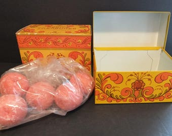 Avon Recipe Treasures Recipe Box NIB With Soaps