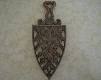 Metal Trivet Antique Brass Finish Virginia Metalcrafter Kitchen Decor Wall Art Vintage