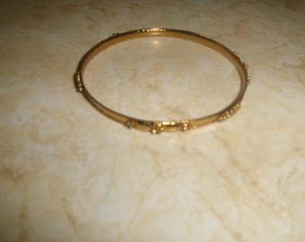 vintage bracelet bangle goldtone raised design