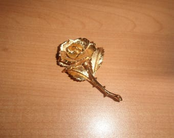 vintage pin brooch brushed goldtone rose flower monet