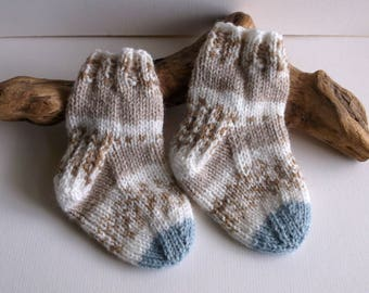 Baby boys  hand knitted self patterning socks. 9 to 18 months. UK 3  EU 19  US 3.5