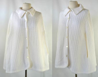 1970s White Knit Button Up Poncho/Cape/Shawl by JCPenney Fashions