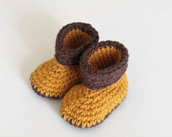 Baby booties - mustard and brown - 3 to 6 months - wool and alpaca - natural fibers