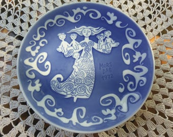 Mothers day plate Royal Copenhagen Denmark