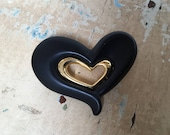Vintage heart brooch, black