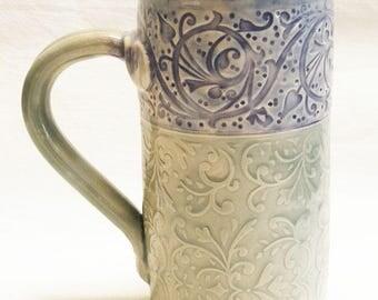 Floral ceramic coffee mug 20oz stoneware 20D067