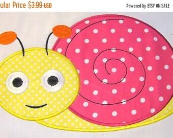 ON SALE Cute Crawling Bug 06 Machine Applique Embroidery Design - 4x4, 5x7 & 6x8