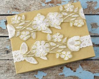 Wedding Garter Set, Gold Edge Ivory Embroidery Flower Lace Wedding Garter Set, Ivory Garter Set, Toss Garter , Wedding Garter