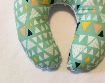 Triangle Travel Neck Pillow for Children and Adults