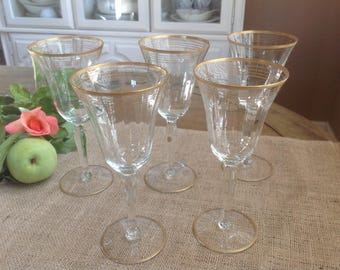 Vintage 1940s Tall Ridged Wine Glasses with FIVE Gold Bands
