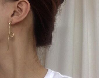 ON SALE Twisted bar stud earrings - gold bar earrings - geo dangle bar earrings