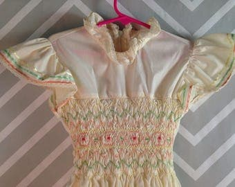 vintage princess anne smocked ivory prairie hippie boho dress size 6-7-8 years