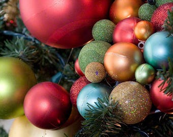 Clipart Ornament Photo, Christmas Clipart, Holiday Photo, Digital Scrapbook Paper, Red, Green,  Digital Download, Ornament Clip Art