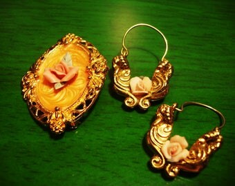 Vintage 1990s Gypsy Rose in Gold Pendant and Earring Set