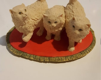 Cat Sculpture,  Three White Kittens, Schmid Border Fine Arts, 1983, Boyt