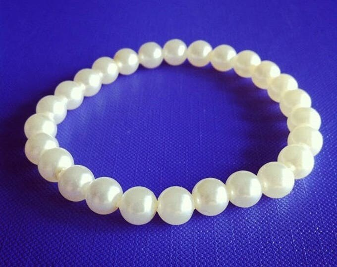 Bracelet pale yellow beads