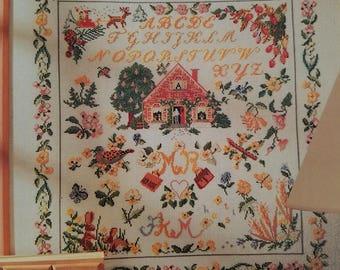 Splendid samplers cross stitch Antique Samplers book like new