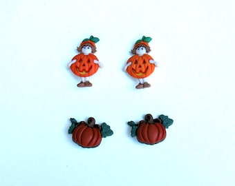 Set of 4 Halloween shank buttons - 2 girls dressed as pumpkins  and 2 pumpkins with leaves
