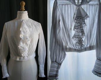 1910's Antique white blouse, cotton veil, pleated, small size