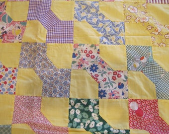 1940's Feed Sack Yellow Arrow Pattern Quilt Top, Feed Sack, Grain Sack, Flour Sack, Quilt Top, Yellow, Blue, Quilt, Patchwork, Geometric
