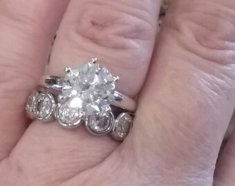 Modern Classic Engagement Ring Set